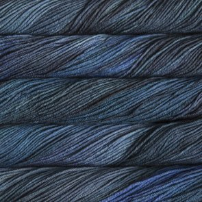 Malabrigo Arroyo 100 g / no. 134 Regatta Blue