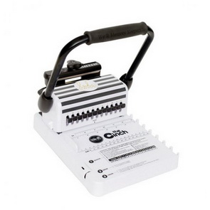The Cinch Book Binding Machine / Heidi Swapp