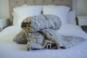Blankets / Plaids / Bedspreads large - Classical Cable