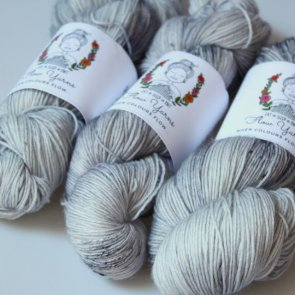 4ply Sock / Flow Yarns / 010