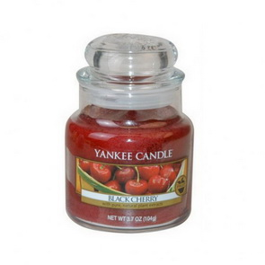 Classic Yankee Candle / malý / Black Cherry